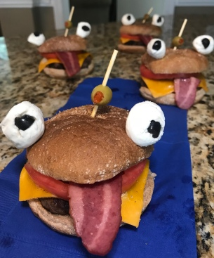 Durr Burgers www.theluckywife.life